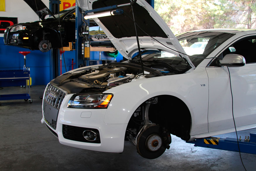 tique repair service audi bodyshop esth